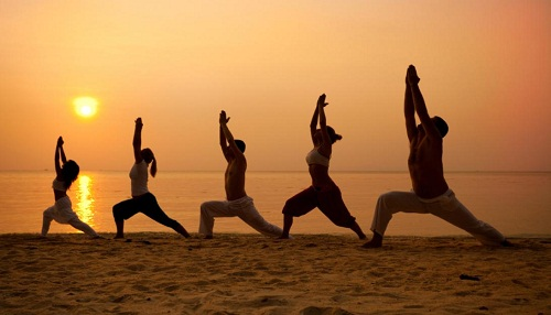 1385727238_571529462_2-Yoga-Classes-Available-Connect-yourself-with-your-soul-Thane